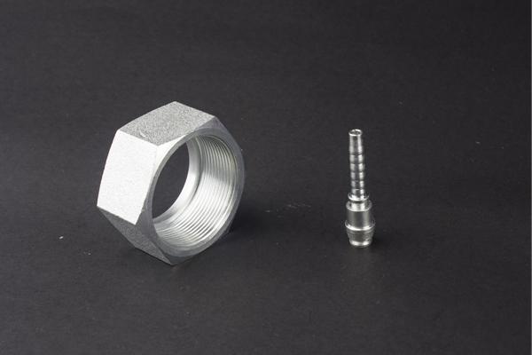 Fitinguri hidraulice din oțel